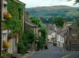 Kirkby Lonsdale - attractive village street,